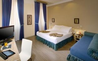 Hotel camera standard